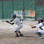 3裏無死1塁、9番渋谷の送りバント